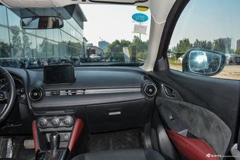 马自达CX-3内饰图