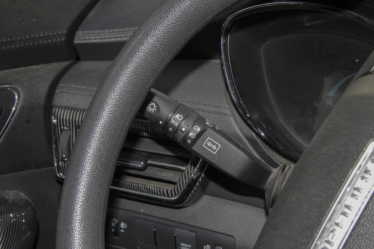 2018款猎豹CS9新能源 EV300 风尚版