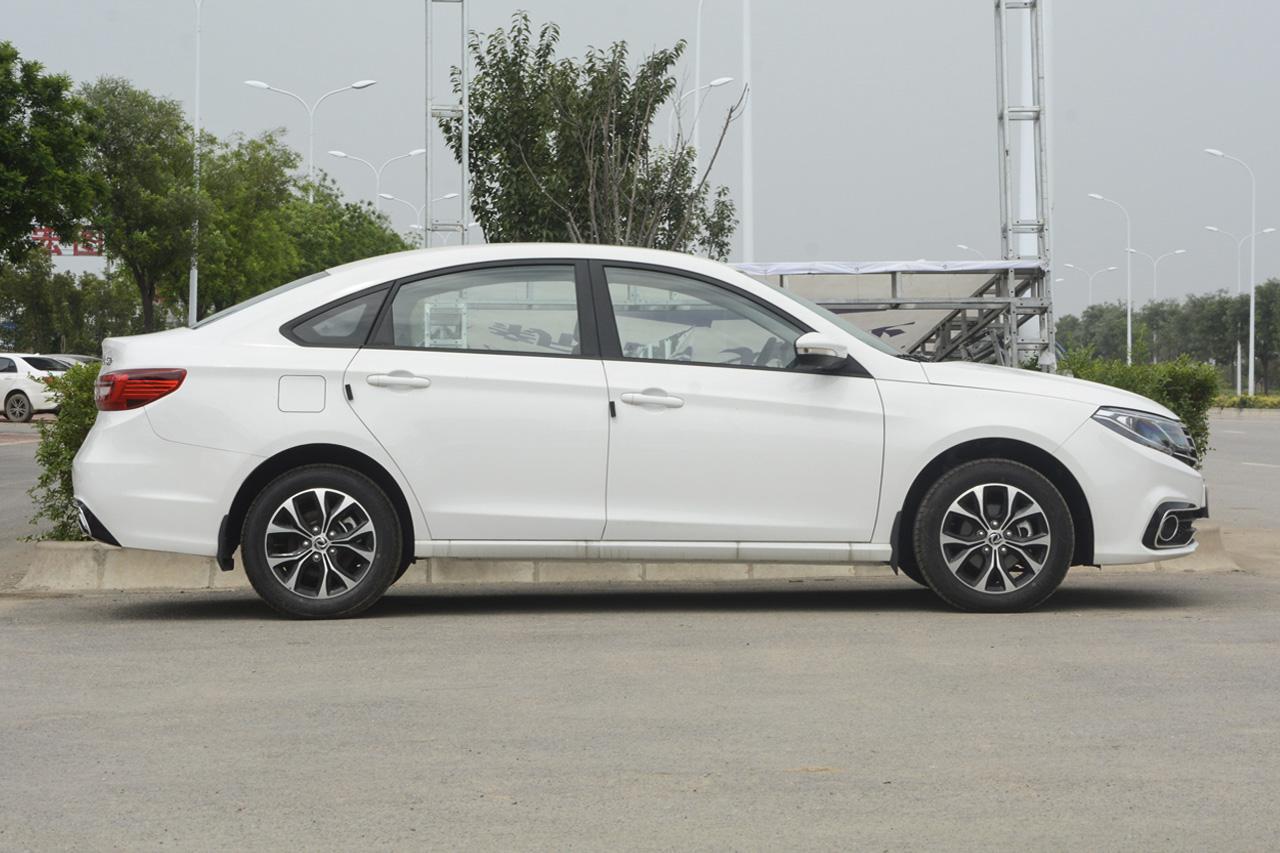 2017款景逸S50 1.5L手动豪华型