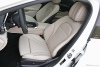 2019款奔驰C级改款C 260L 2.0T自动