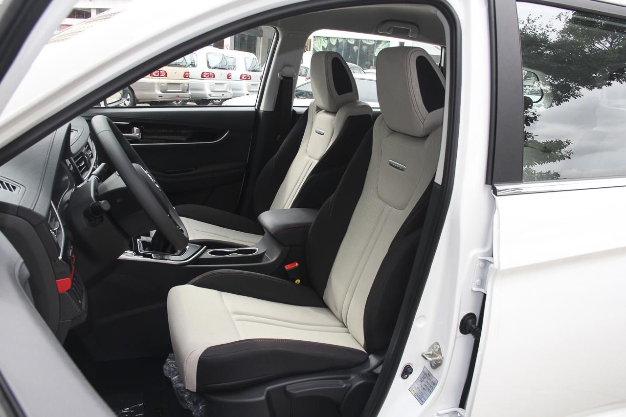 2019款风行T5L 1.8T手动舒适型7座