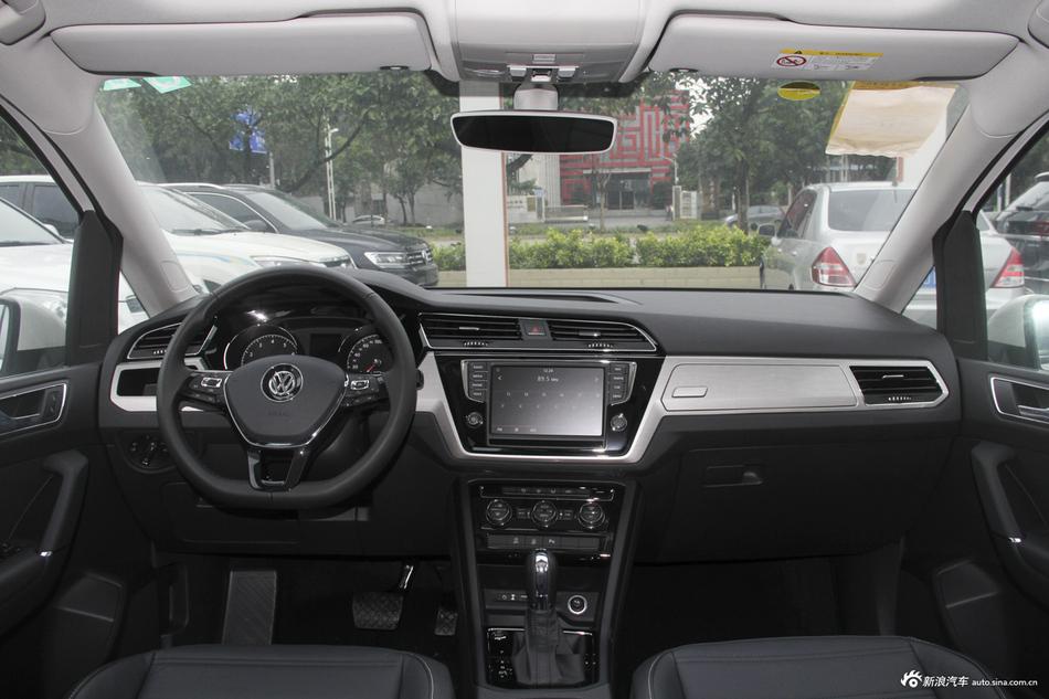 2018款途安L 1.4T自动舒适版280TSI七座