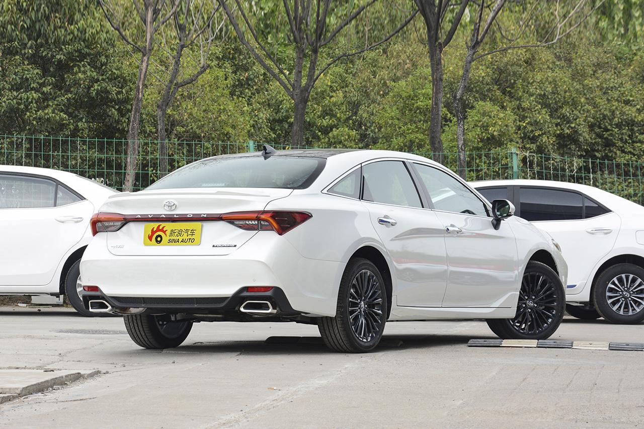 2019款亚洲龙双擎2.5L 自动Limited旗舰版 国V