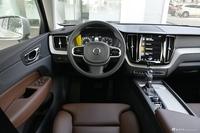 2020款沃尔沃XC60 2.0T自动四驱T5智远豪华版