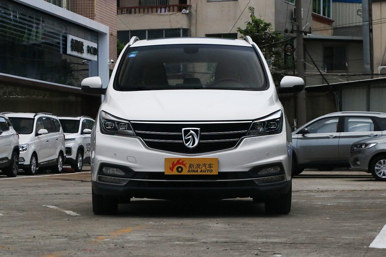 2017款宝骏730 1.8L iAMT尊享型7座