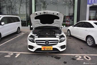 2019款奔驰E级改款2.0T自动运动时尚型300L