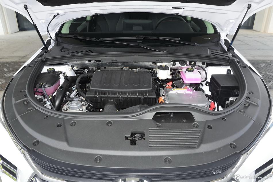 2020款比亚迪唐DM 2.0T双擎四驱尊贵型7座国VI
