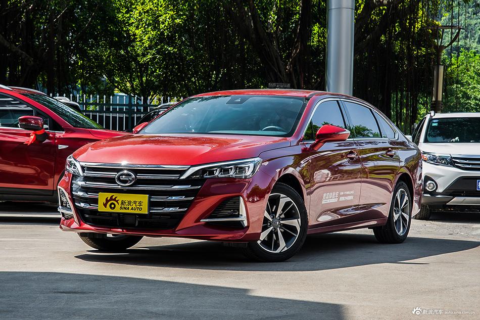 2019款传祺GA6 270T 1.5T自动尊贵版