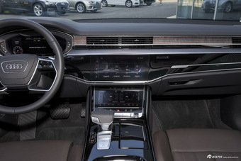 2019款奥迪A8L 55 TFSI quattro尊贵型