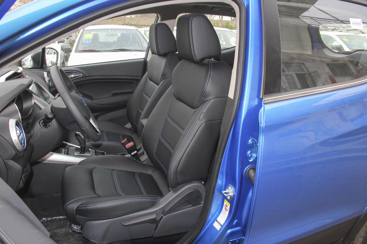 2019款比亚迪元EV360 智联领享版