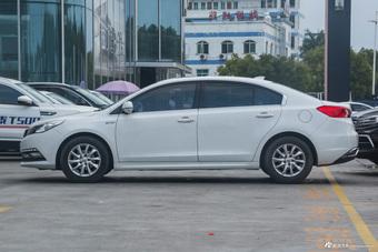 2017款众泰Z560 1.5T手动精英型