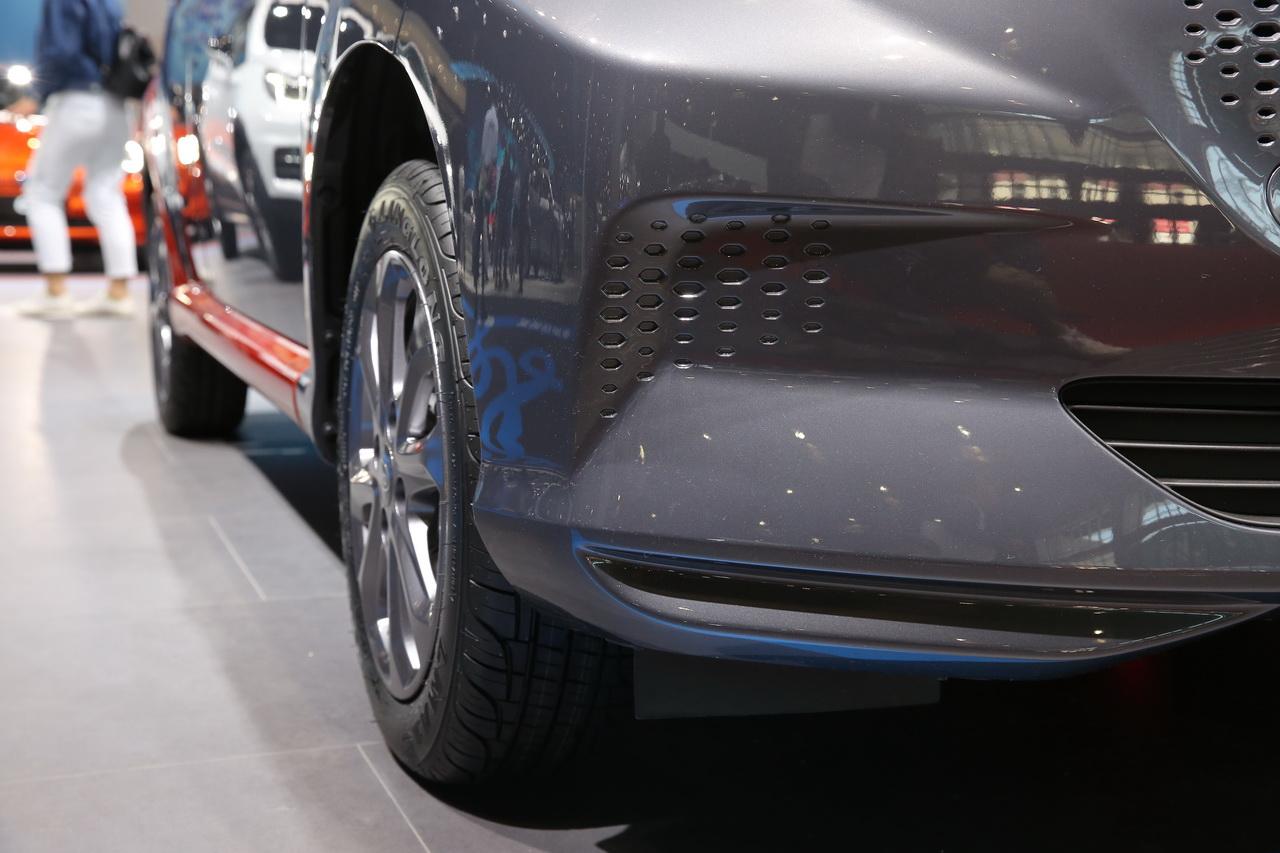 2019上海车展实拍:比亚迪e1新能源