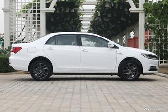 2019款比亚迪秦EV 高性能版尊贵型
