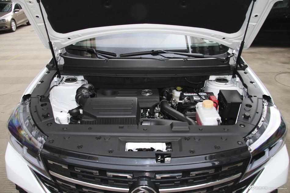 2019款风行T5L 1.8T手动豪华型7座