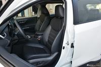 2020款RAV4荣放2.0L CVT两驱尊贵版