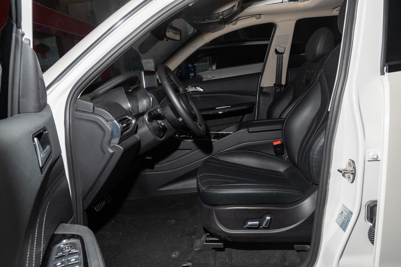 2019款众泰T600 1.5T自动尊享型