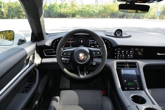 2019款Taycan Turbo S