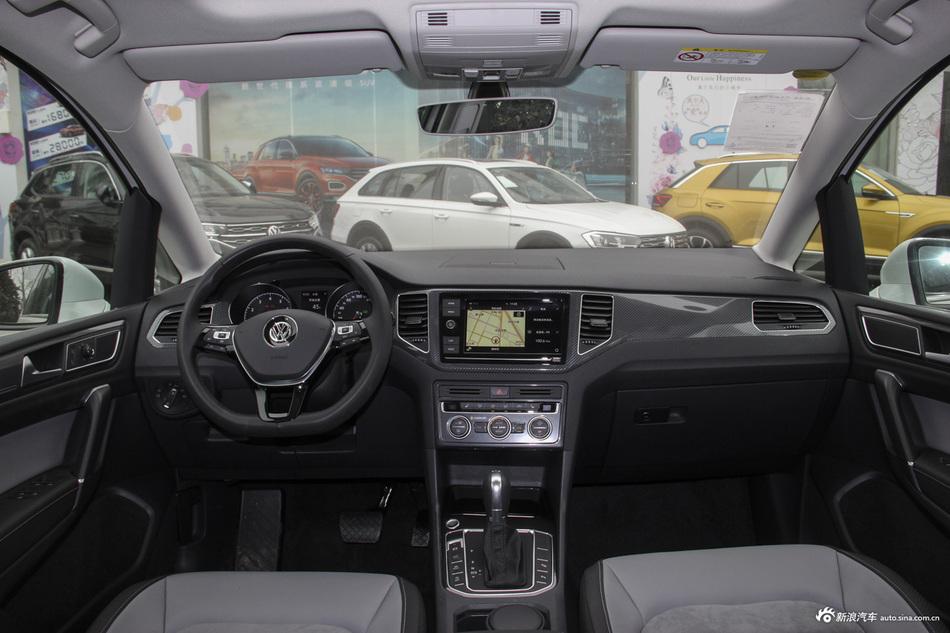 全国最高直降4.20万元,大众高尔夫·嘉旅新车近期优惠热销