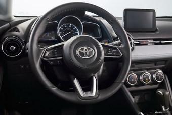 2019款YARiS(海外)   Hatchback