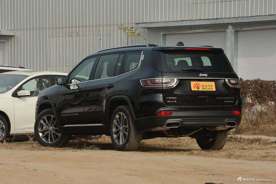 4月新浪报价 Jeep大指挥官最高降1.65万