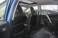 2019款RAV4荣放2.0L CVT两驱风尚X限量版