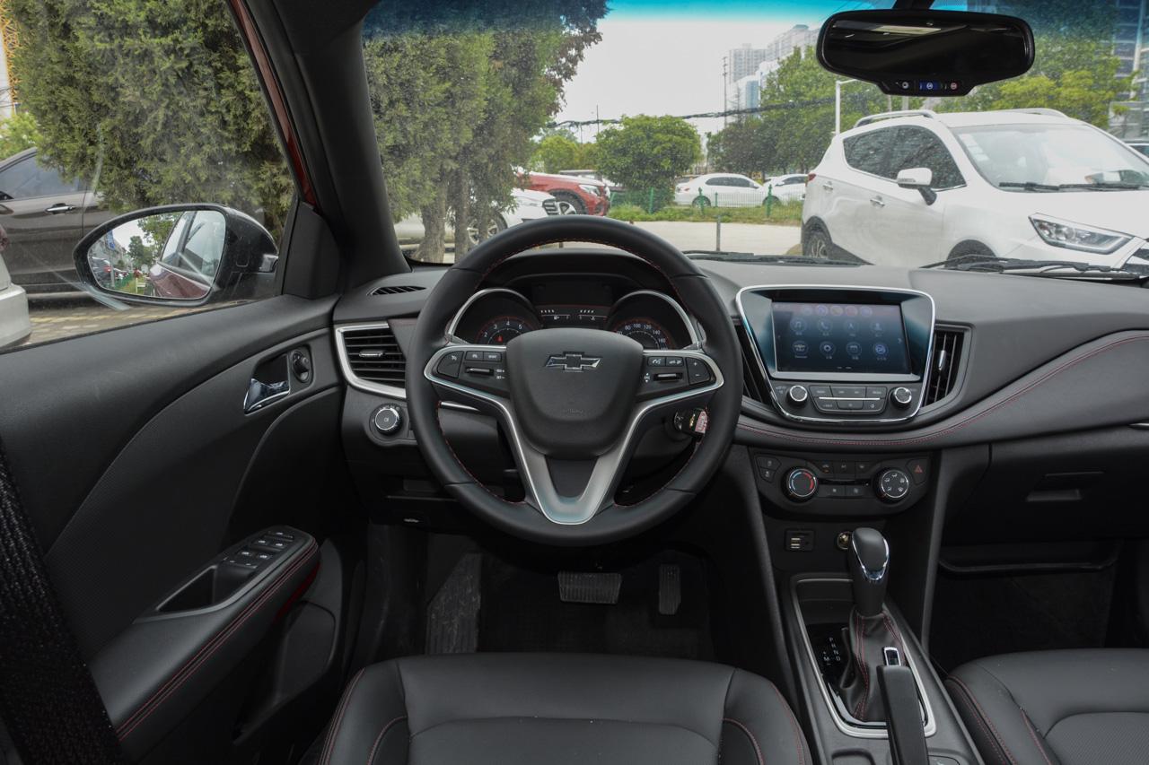 2019款雪佛兰科鲁泽RS 330T自动 痛快版