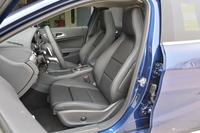 2019款奔驰GLA级 GLA200 1.6T自动时尚型