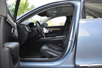 沃尔沃S90混动空间图