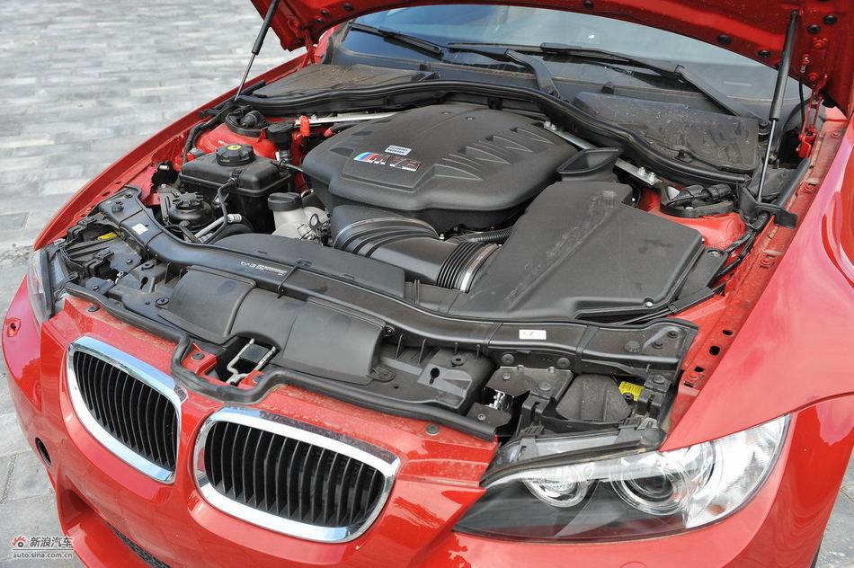 宝马M3碳纤车顶版