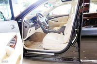 2010款雷克萨斯ES350尊贵版座椅图片