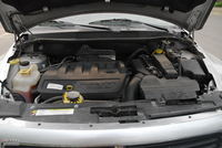 2011款酷博2.0L SXT豪华导航版发动机舱