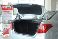 2012款奔腾B50 1.6L手动天窗版