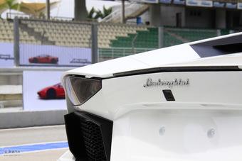 2011款兰博基尼Aventador LP700-4外观细节