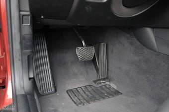 2011款宝马1系双门轿跑车