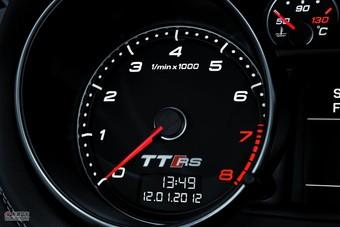 2012款奥迪TT RS官方图