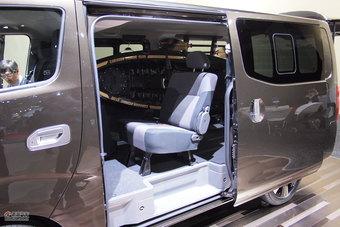 日产NV350