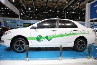 2013款朗世概念车