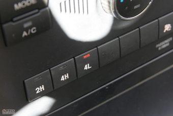 哈弗H5绿静2.0T内饰及细节