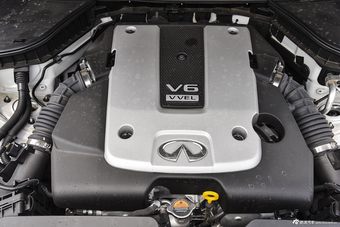 2014款英菲尼迪Q50 3.7L自动舒适型