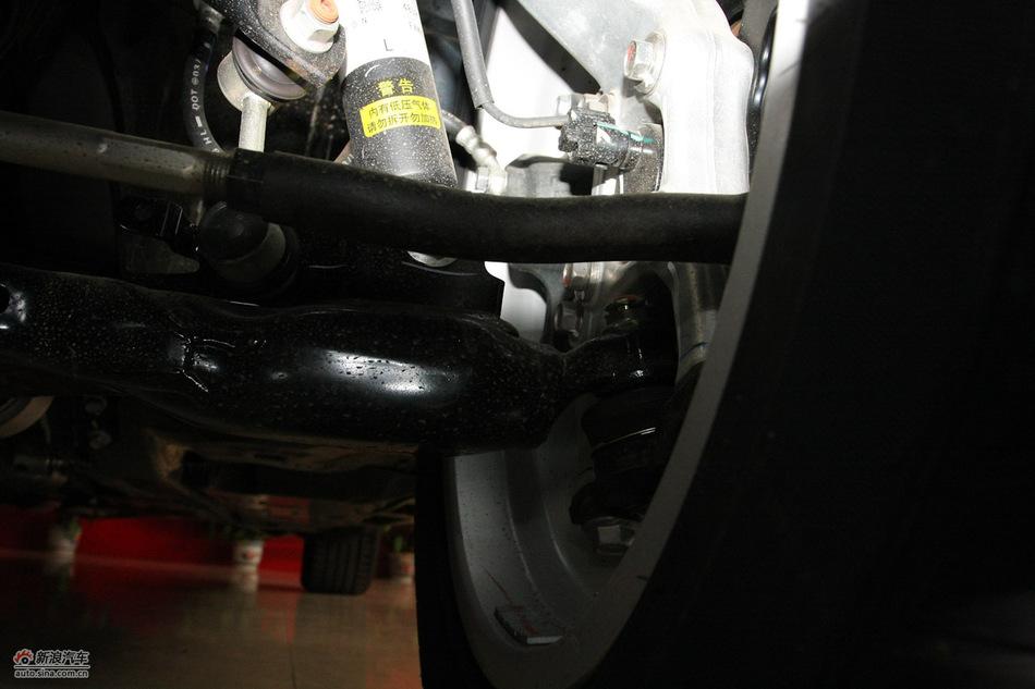 2010款新皇冠2.5L V6天窗导航版