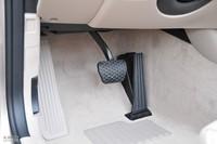 2011款宝马1系敞篷轿跑车