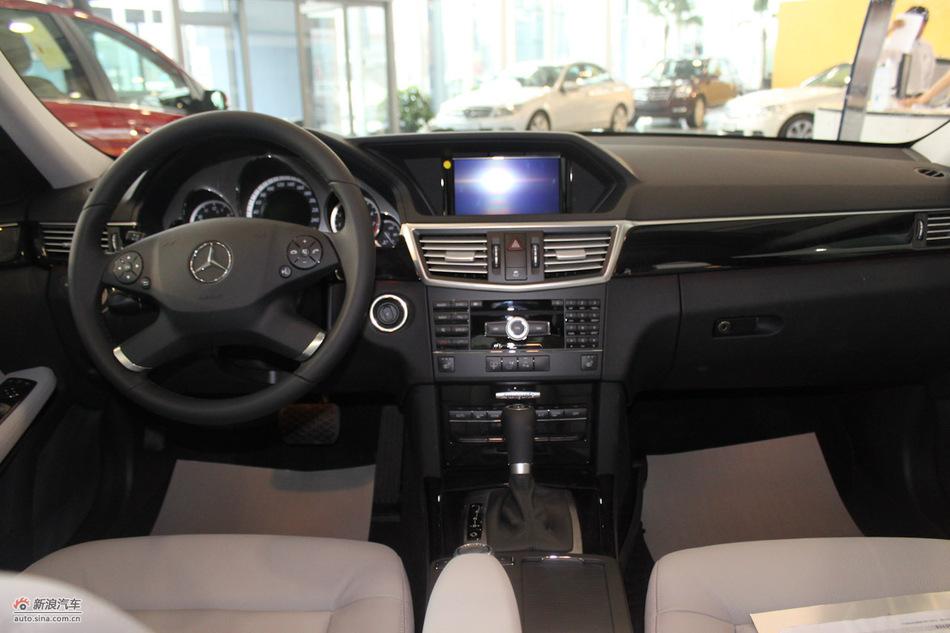 奔驰E260 CGI时尚型