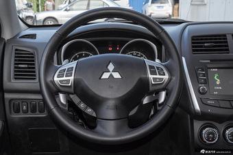 2015款劲炫ASX 2.0L自动四驱尊贵版