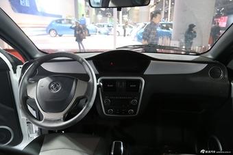 2014年第12届广州国际车展 图为:东风风神E30L