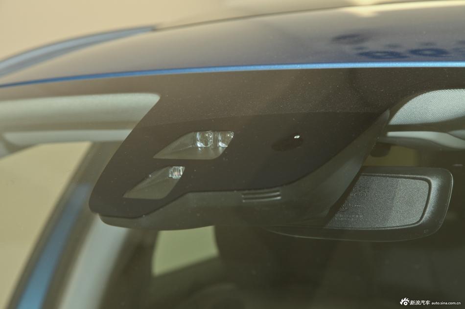 2015款沃尔沃XC60 3.0T T6智逸版