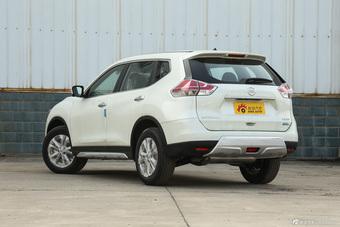 2015款奇骏2.0L XL 自动两驱舒适MAX