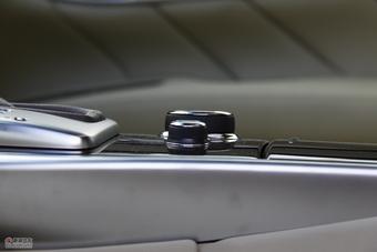 2011款英菲尼迪M25
