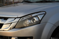 2015款江西五十铃D-MAX2.5T手动两驱豪华