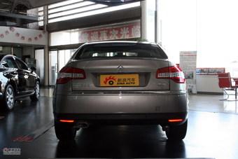 2012款东风雪铁龙C5 2.3L自动尊驭型