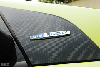 奔驰B级燃料电池车实拍